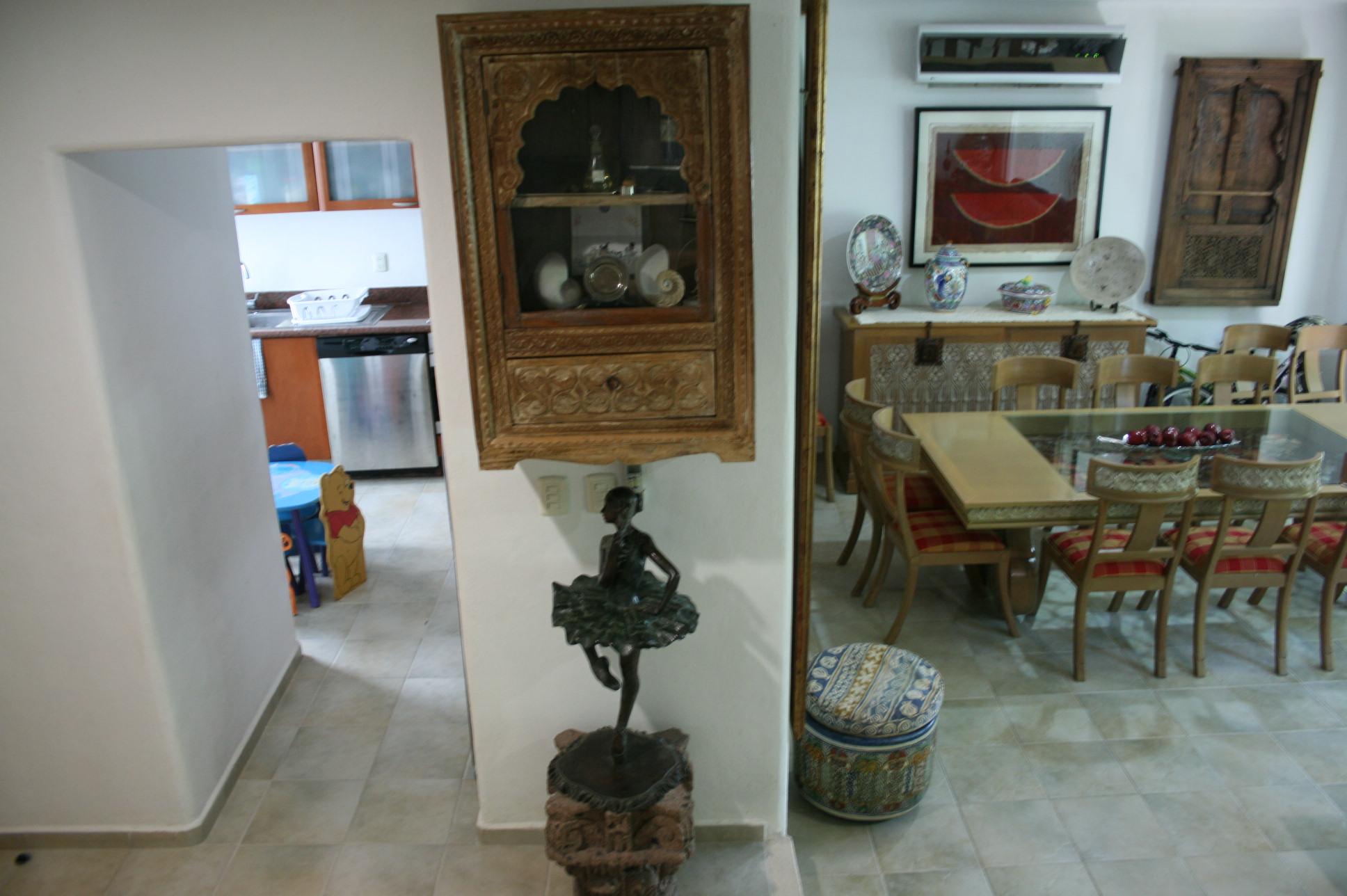 EXCELENTE OPORTUNIDAD!!! Casa en venta 4 recamaras el Table Cancun con alberca