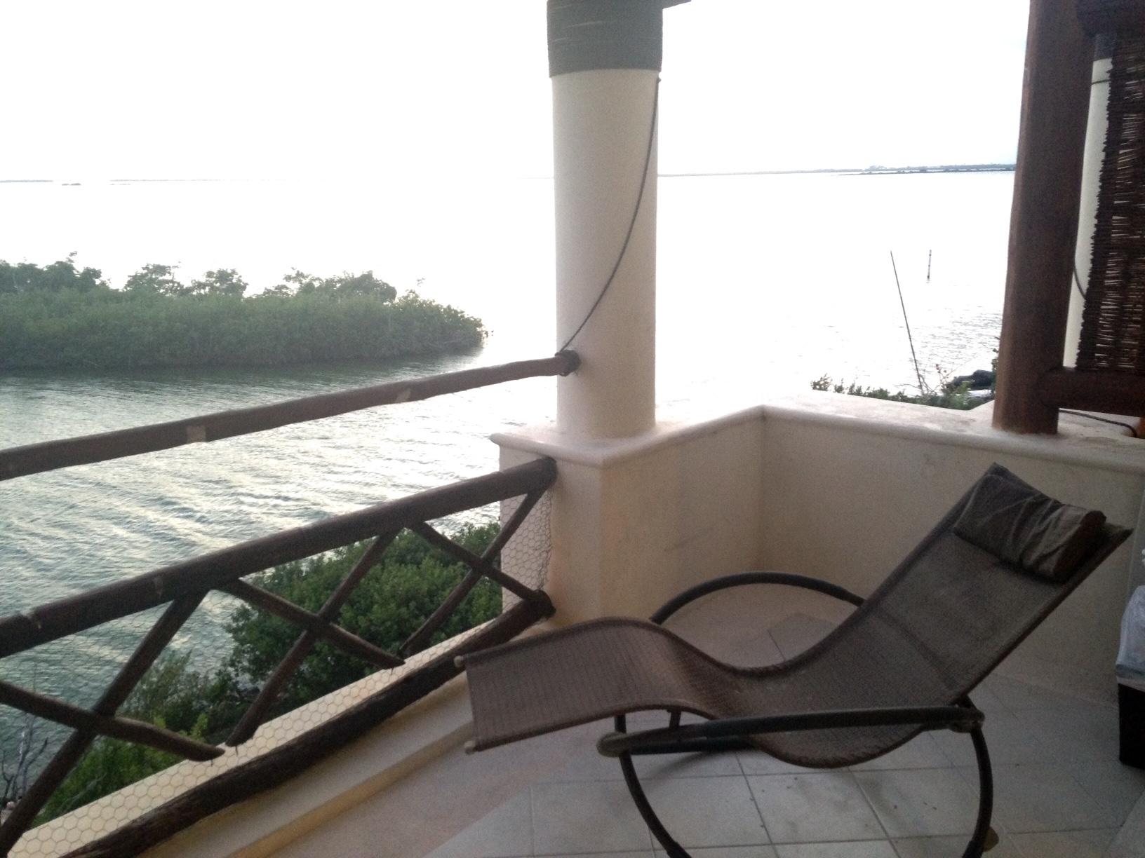 Departamento en venta 2 recamaras SIN MUEBLES Pok ta Pok Zona Hotelera Cancun