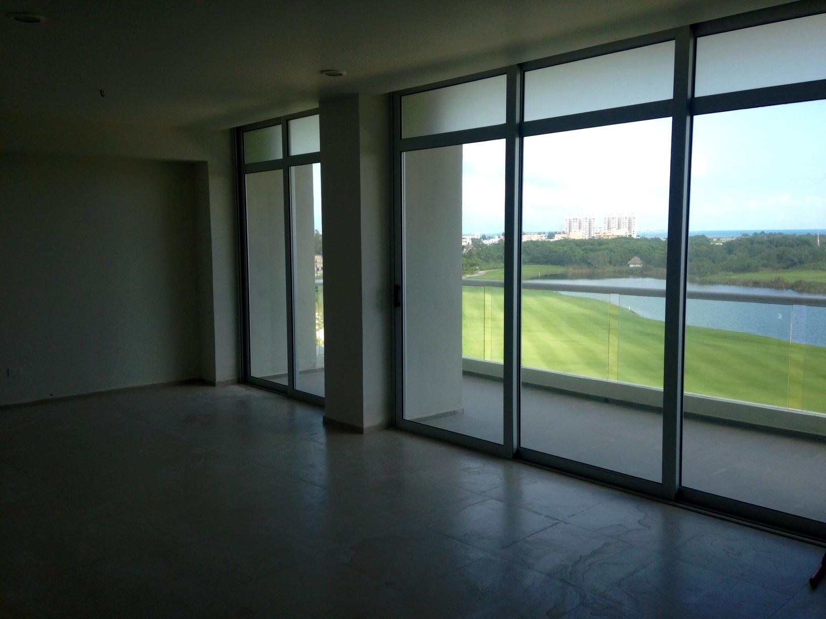 Departamento en venta 2 recamaras 3 baños en Puerto Cancun
