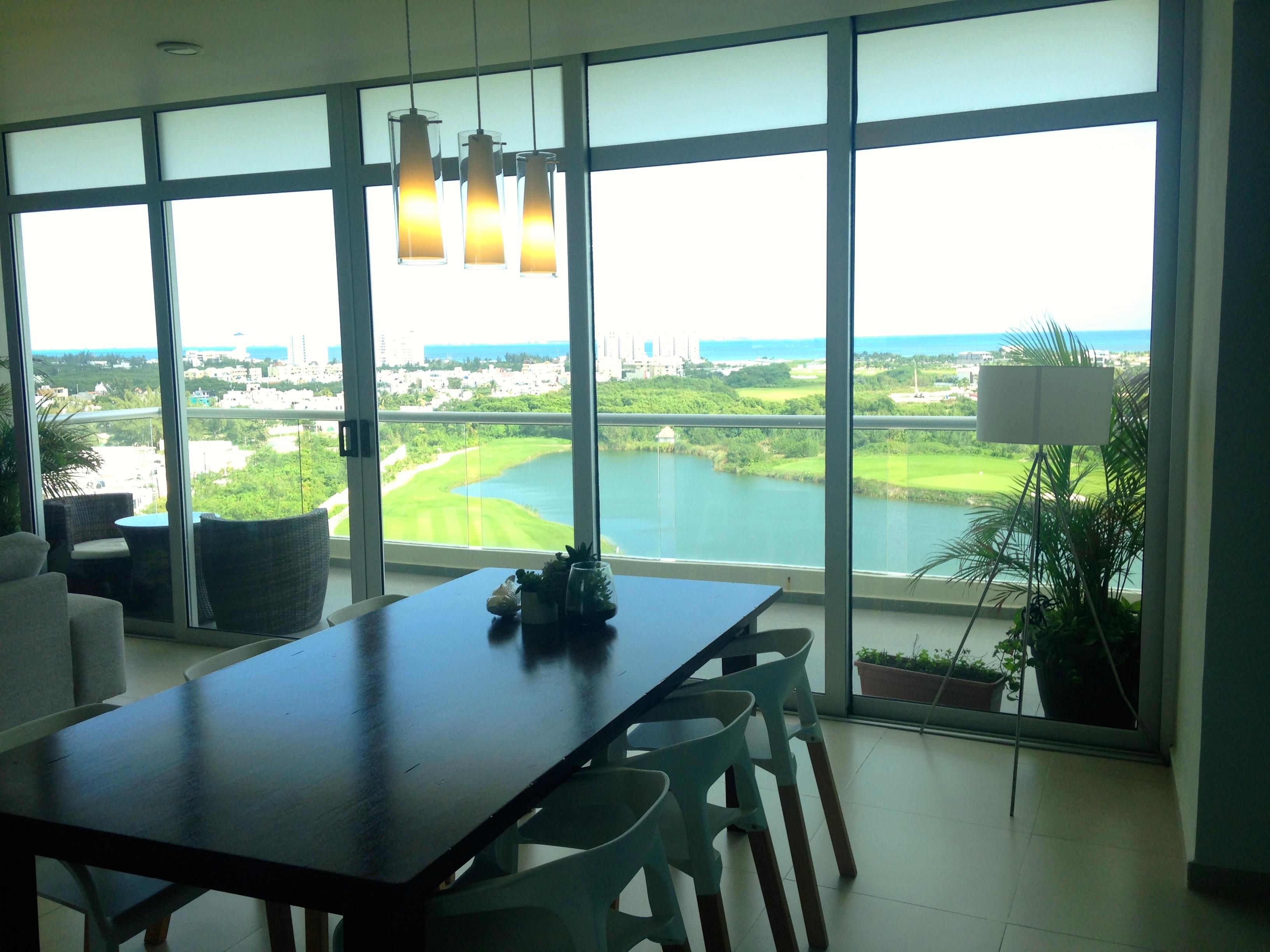Departamento en Venta 3 recamaras vista al mar y campo de golf Puerto Cancun