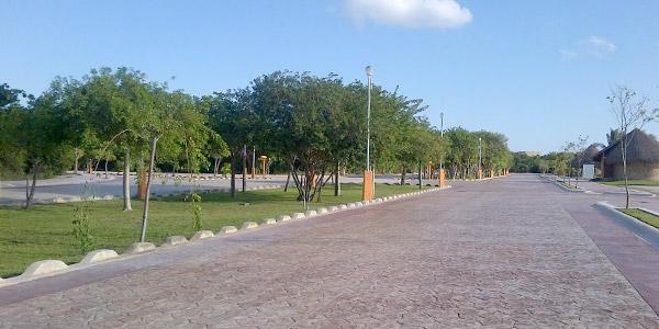 terreno-residencial-en-venta-en-lagos-del-sol-sm305-cancun-2055