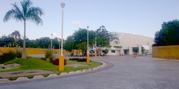 terreno-residencial-en-venta-en-lagos-del-sol-sm305-cancun-2056